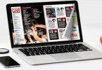 Flip PDF sul laptop con un effetto di capovolgimento di pagina